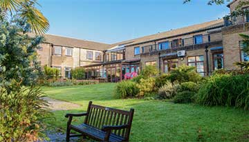 Netley Waterside House - Respite Holiday Centre